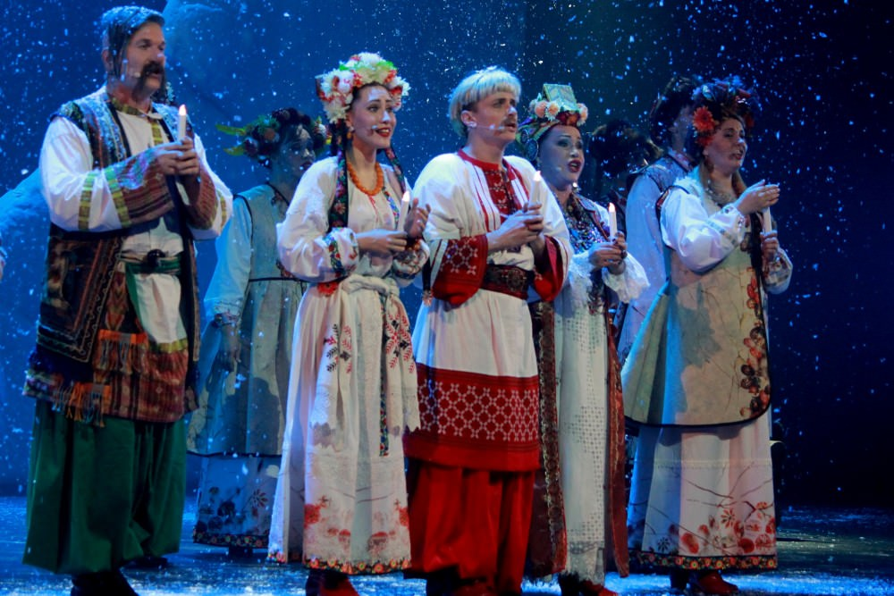 «Ночь перед Рождеством» (Театр «Русская песня») фото