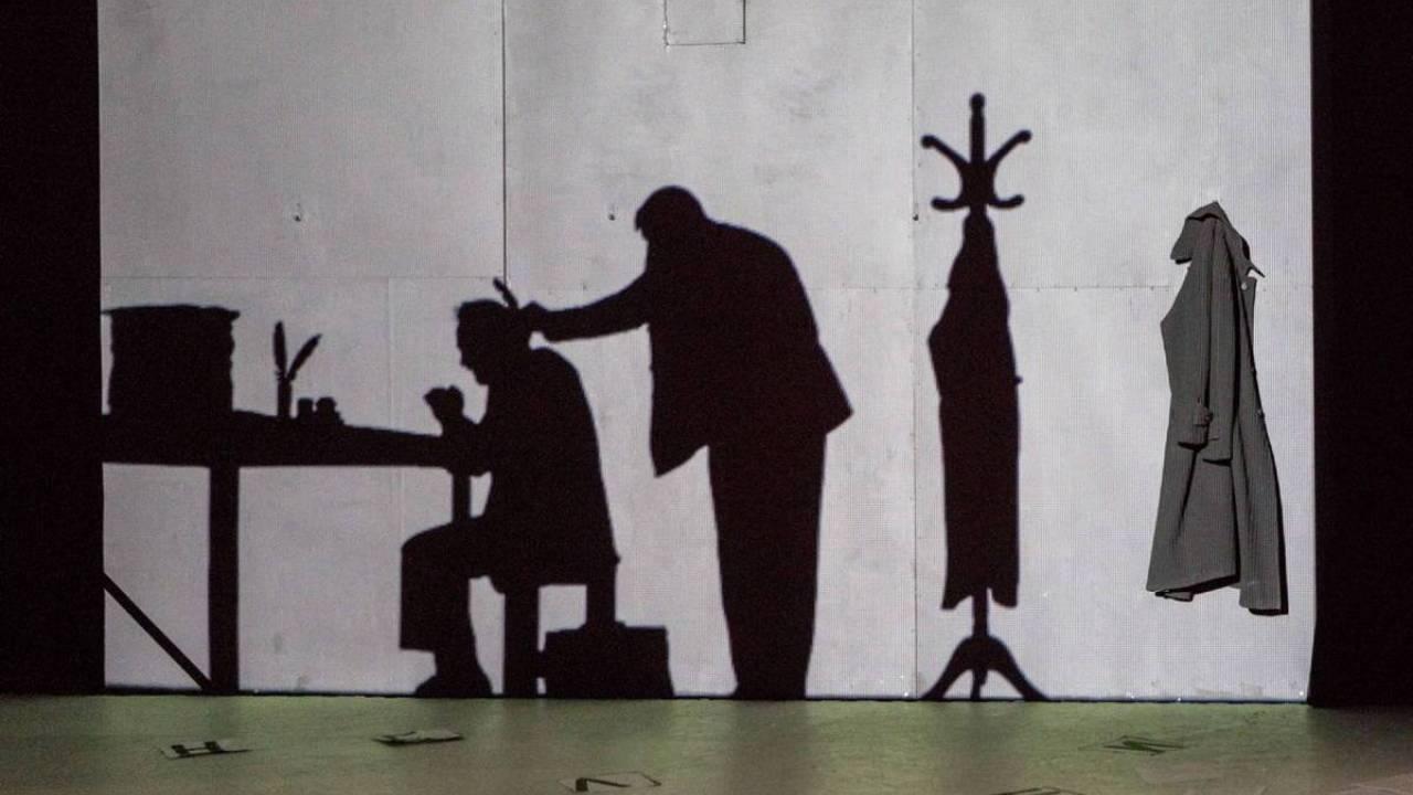 «Шинель/Пальто» (Театр «Школа современной пьесы») фото